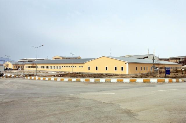 مشروع مباني كلية جامعة عام 100