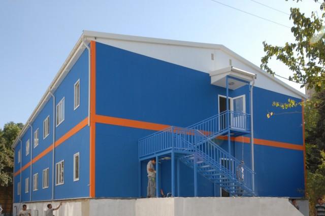 مشروع إنشاء ونصب مبنى أكاديميكي لإدارة أعمال شركة MNG لشحن الطرود بين المدن