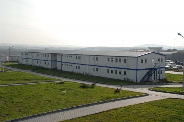منشآت موقع عمل مشروع مطار صبيحة غوكجان المنفذ من قبل شركة ليماق للإنشاءات