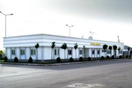 مبنى إداري بدولة توركمنستان